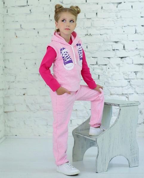 продажа детских спортивных костюмов через дилеров