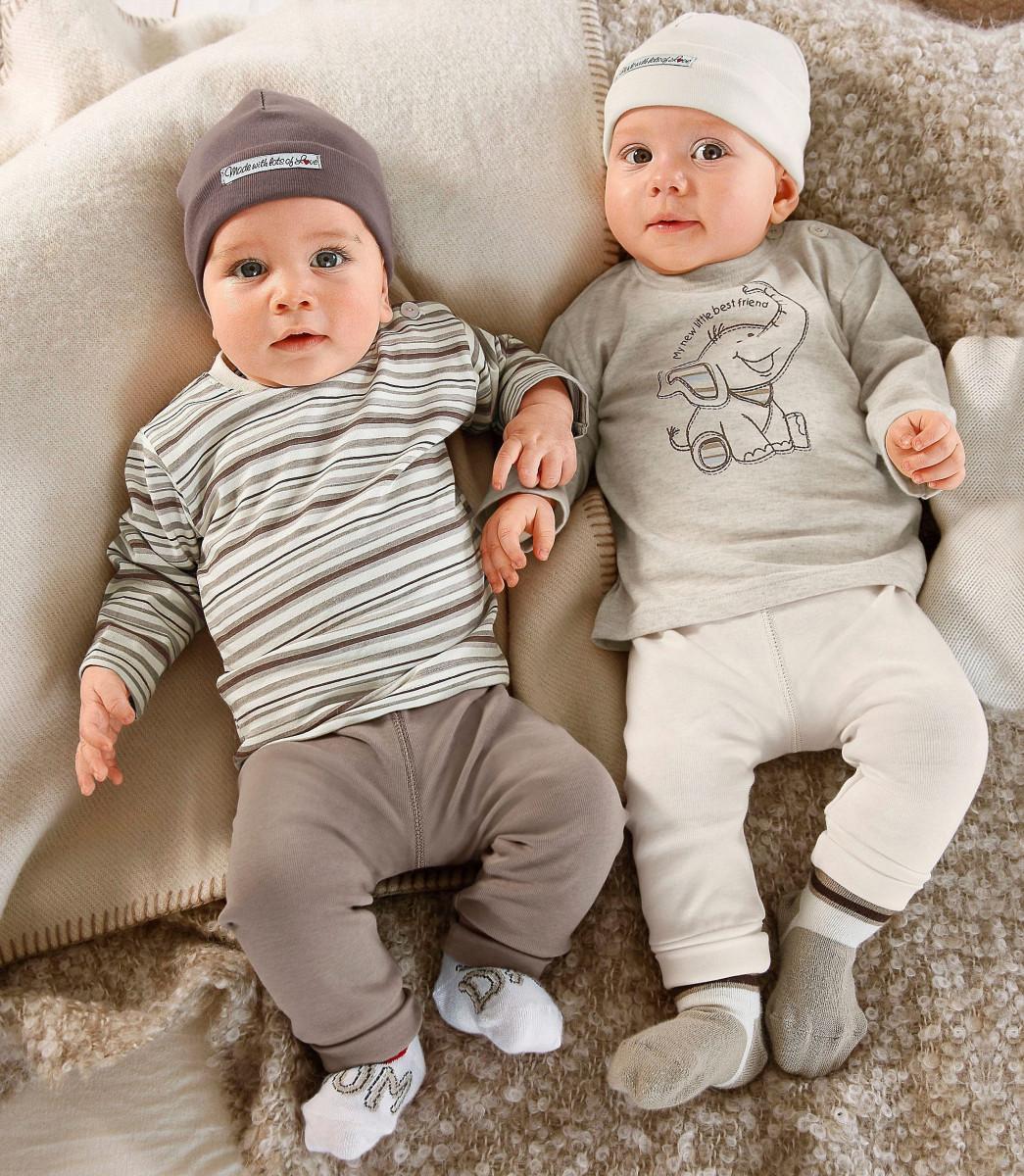 Где найти базу поставщиков детская одежда оптом Новосибирск